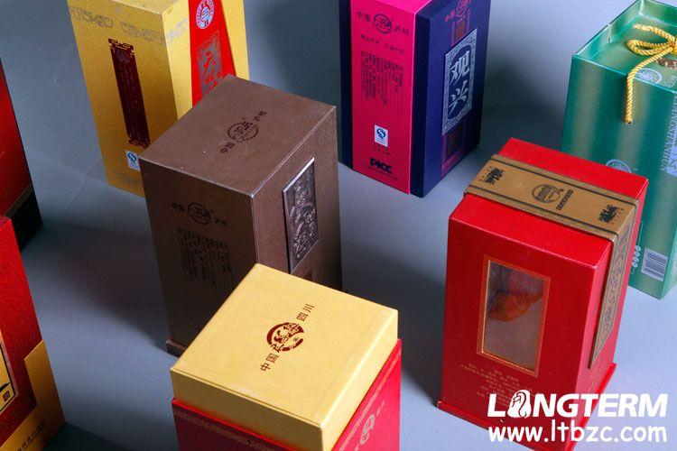 成都白酒包装设计公司_白酒包装盒_高端白酒包装设计_白酒瓶子包装价格